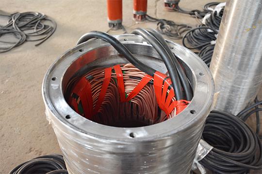 Seawater submersible pump waterproof line